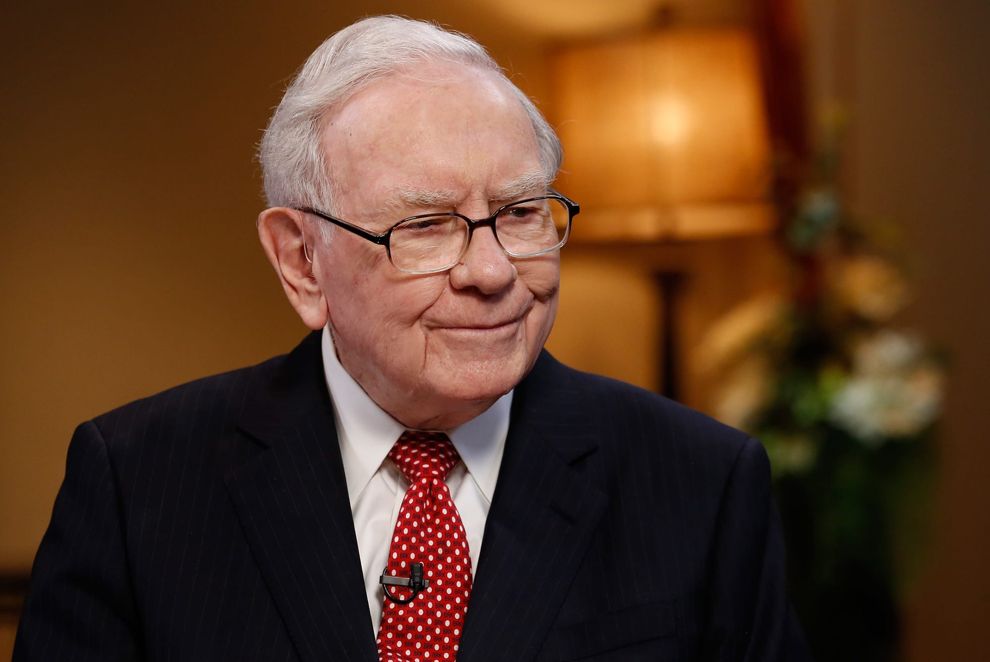 Warren Buffet stapt in goud